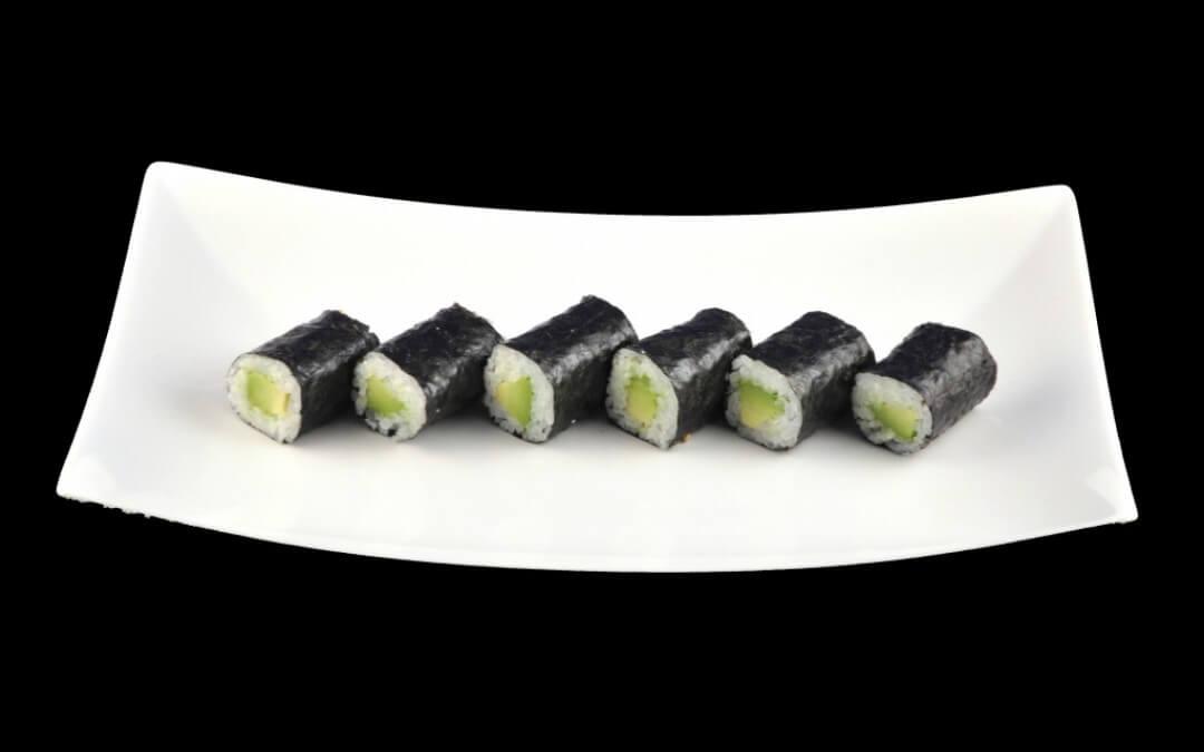Vega sushi: Avocado Maki
