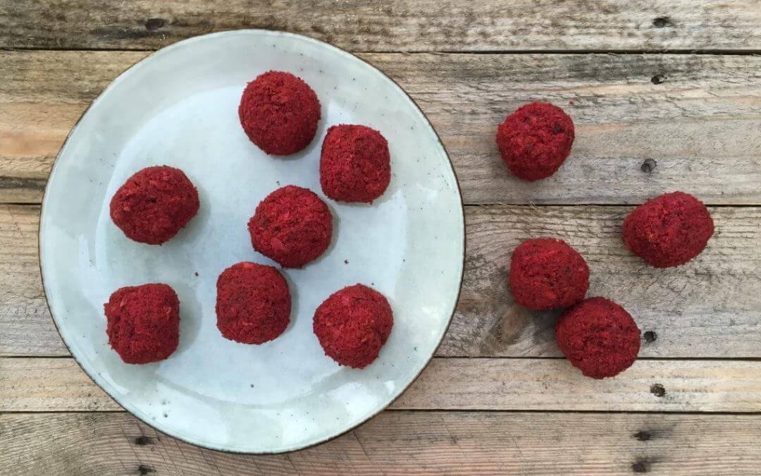Getest: vegan rode biet falafel van Tivall