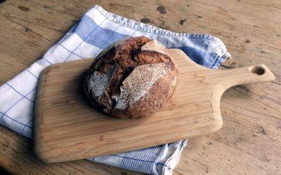 Hoe maak je zelf een zuurdesemstarter én zuurdesembrood?