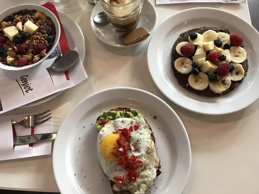 Clubkoffie: sandwiches en koffie in Amsterdam Oost