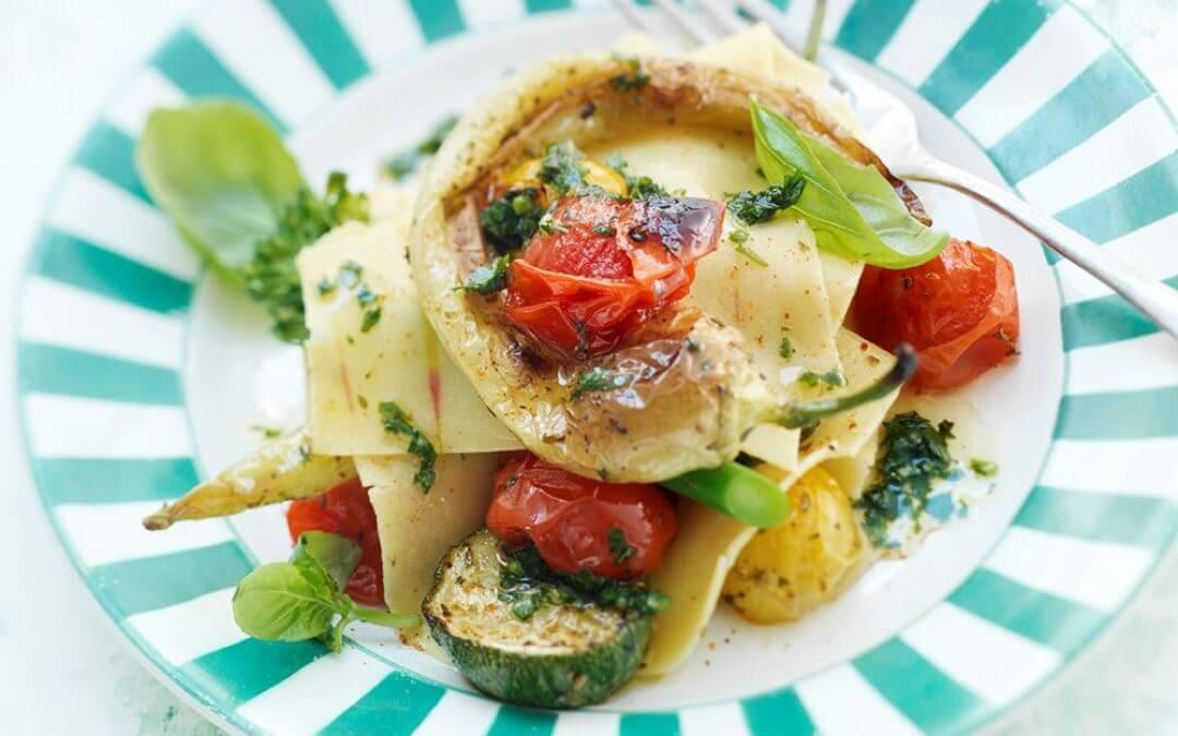 Saffraan-lasagne van geroosterde groente
