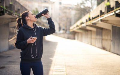 Hoeveel moet je drinken bij het sporten?