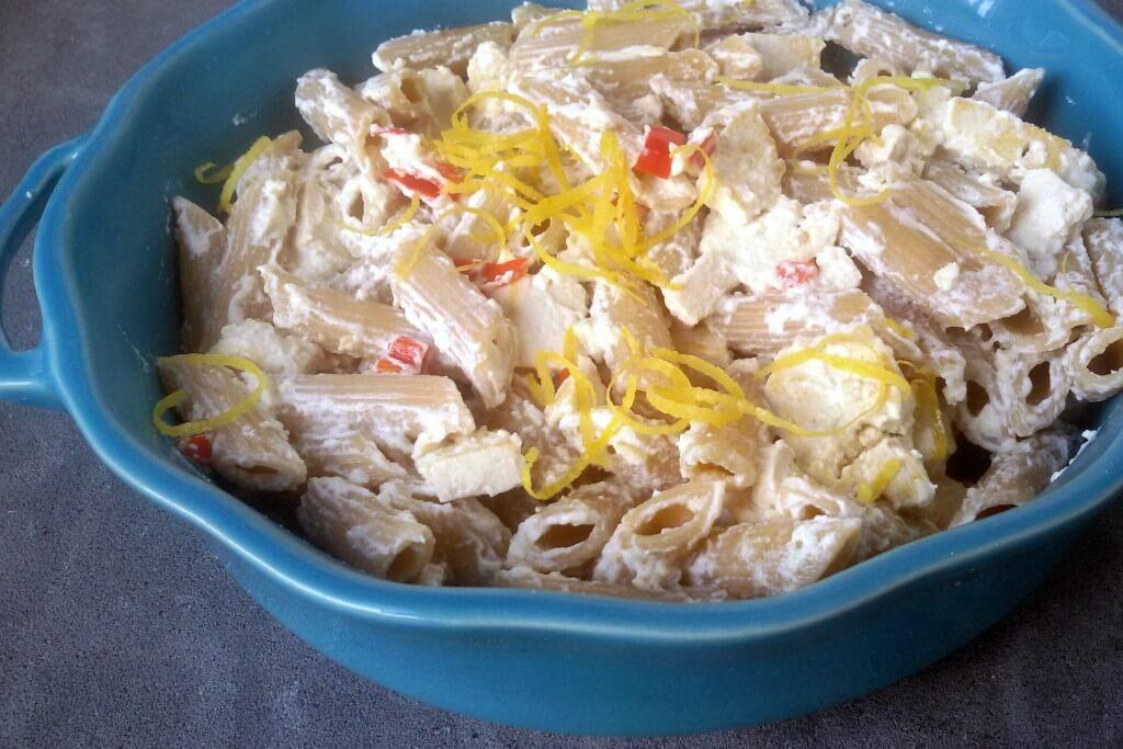 Snelle pasta: pittige speltpasta met tofusaus