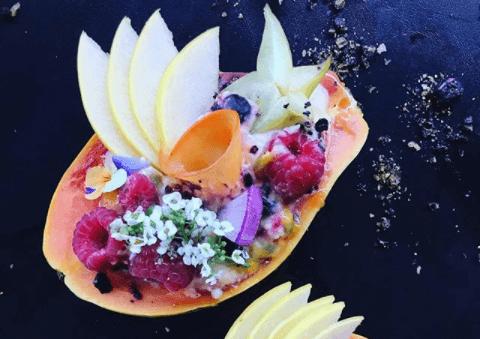 Instagram trend: Papaya boat