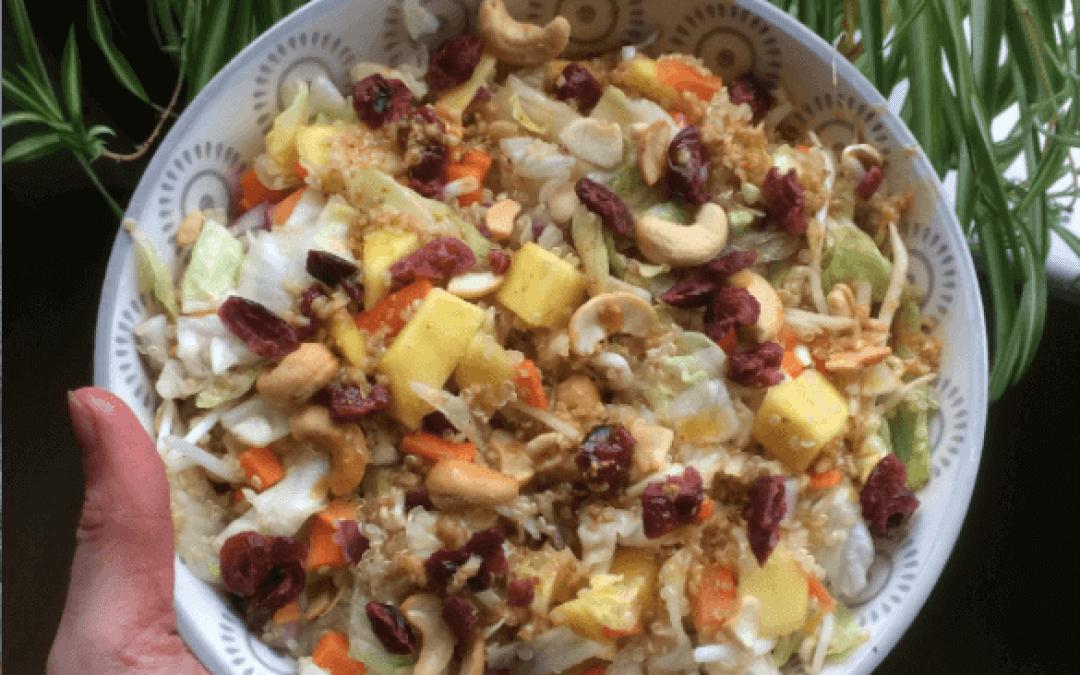 Quinoasalade met mango, cashewnoten en cranberry's
