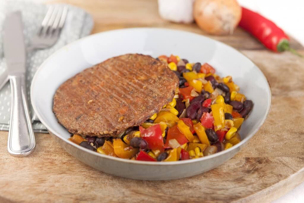 Tomeato burger met chili sin carne