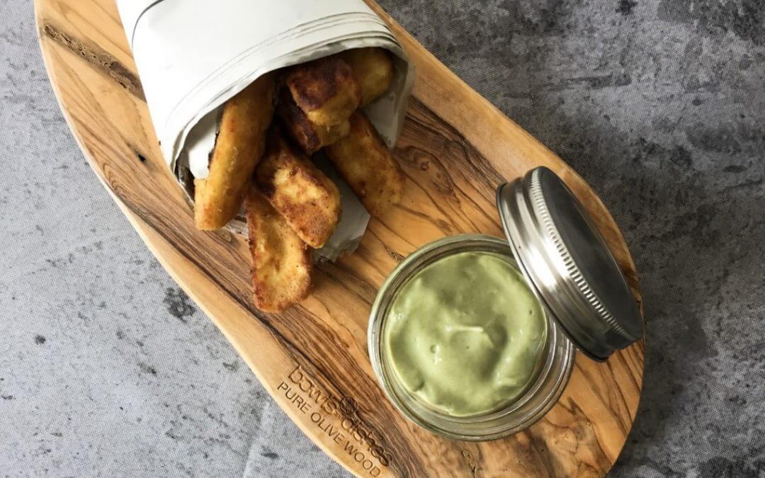 DIY TREND: Halloumi frietjes met avocado dip