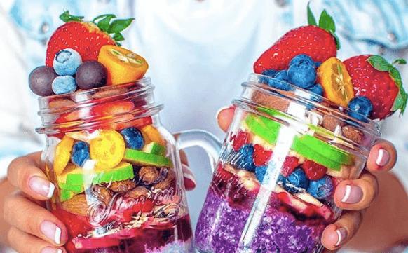 INSTA TREND: Breakfast jars