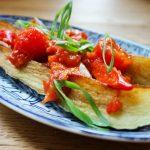 Indonesische keuken: gebakken aubergine met chilisaus