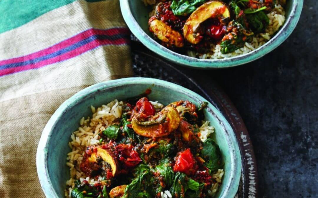 Indische spinazie-tomaten schotel