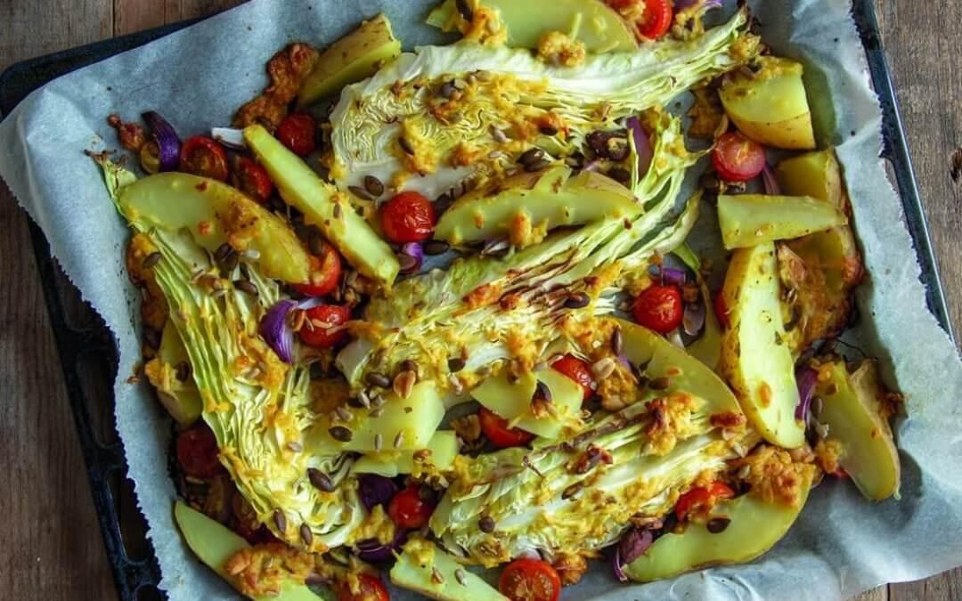 Geroosterde spitskool met mosterd-kaas gratin en aardappels