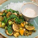Groenten van Roos: veggie bowl met prei, champignons, spinazie