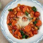 Toscaanse groentesoep met cavolo nero en cannellinibonen