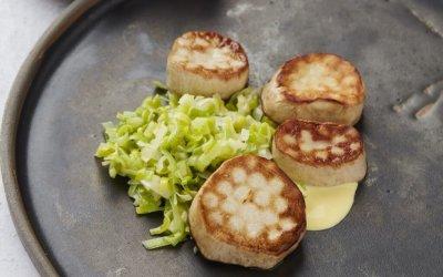 Vegan monday: coquilles van koningsoesterzwam met saffraan-preisaus