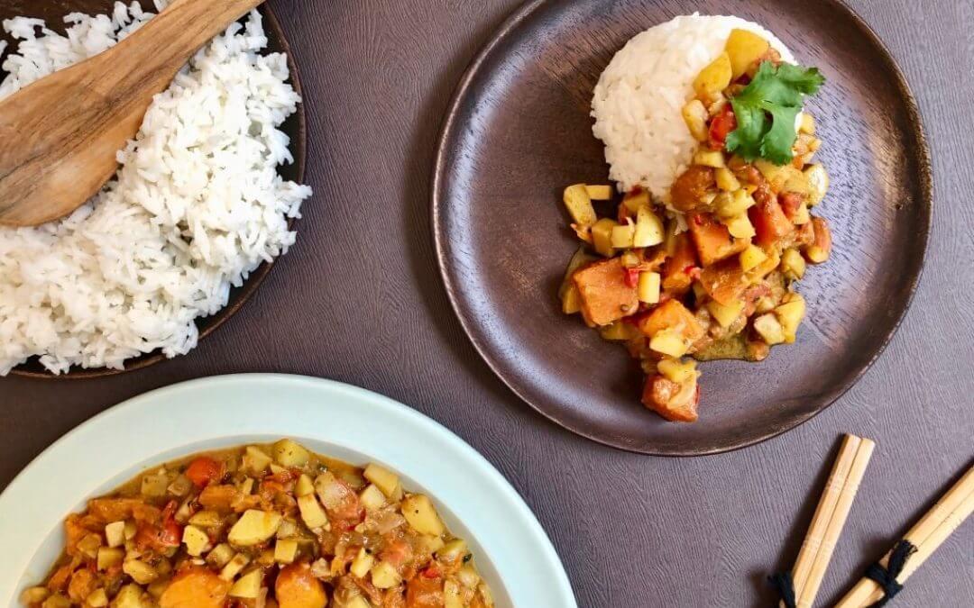 Curry aloo met aardappels en pompoen
