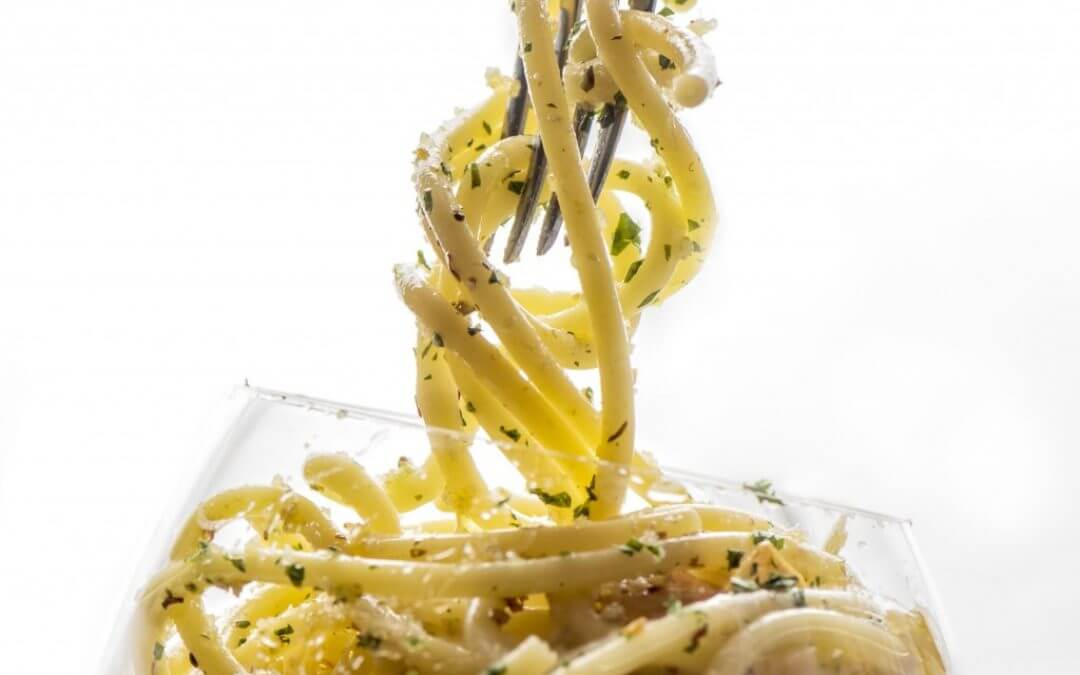Vegan Monday: Bucatini aglio e olio