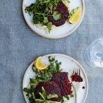 Eet, reset, heal: falafelburgers met bietjes