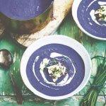 Vegan monday: peperige paarse soep