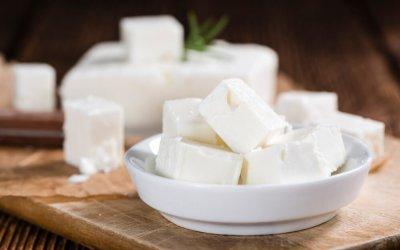 Hoe maak je zelf thuis: feta kaas