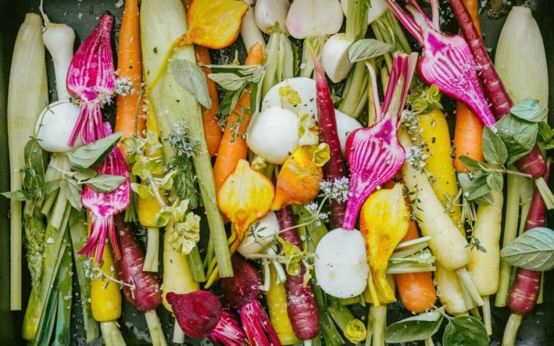 Kookboek Fresh: Geroosterde lentegroenten en hummus