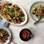 Parelcouscous salade met Juanita tomaten en gegrilde feta