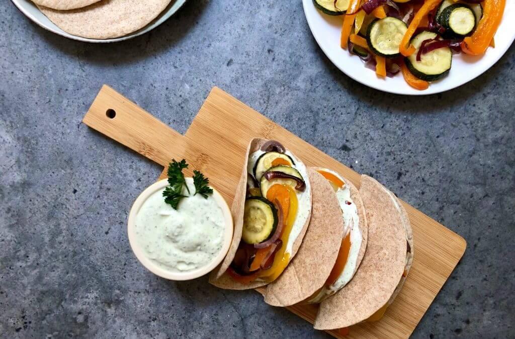 Vega budget: Fajita's met feta dip en gegrilde groenten