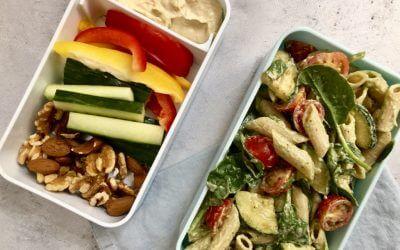 Vegetarische lunch: pastasalade met avocadodressing
