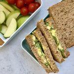 Vegetarische lunch: boterhammen met zelfgemaakte eiersalade