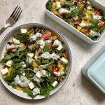 Vegetarische lunch: quinoasalade met yoghurt-korianderdresssing