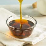 Honing, agavesiroop & esdoornsiroop: wat zijn de verschillen?