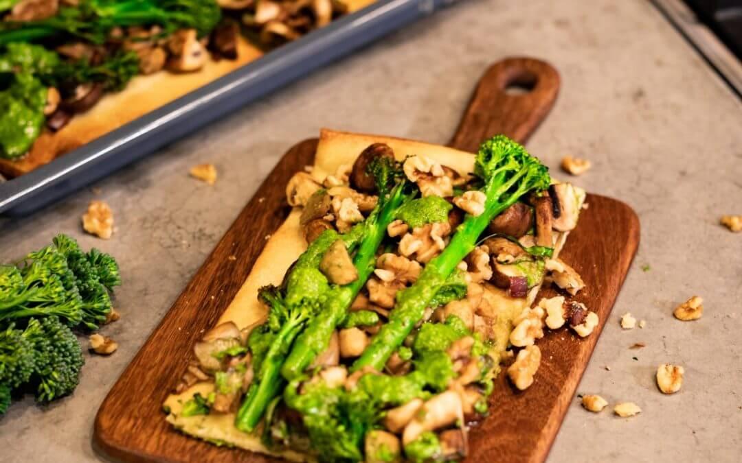 BIMI® BATTLE: Plaattaart met Bimi® broccoli, paddenstoelen en rucola-walnotenpesto + WINACTIE