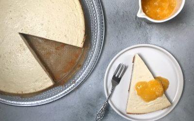 VEGAN Kerstmenu: cheesecake met sinaasappelsaus