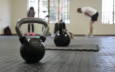 4 tips om jouw fitte voornemens vol te houden (incl. trainingsschema's voor beginners)