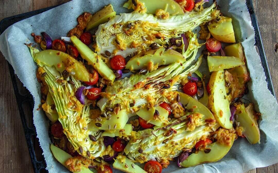 Geroosterde spitskool met mosterd kaasgratin en aardappels
