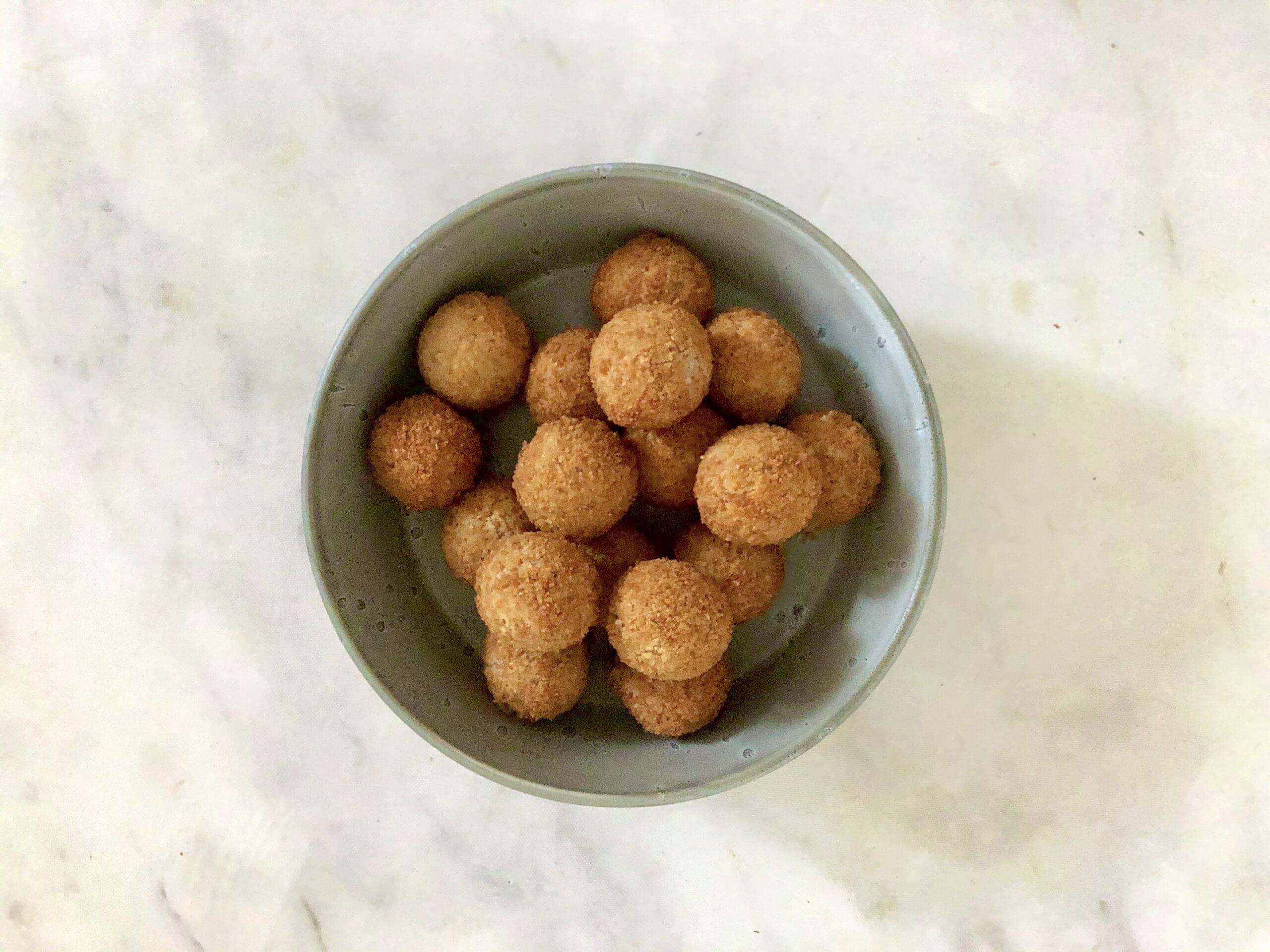 Vleesvervanger getest: vega bitterballen van de
