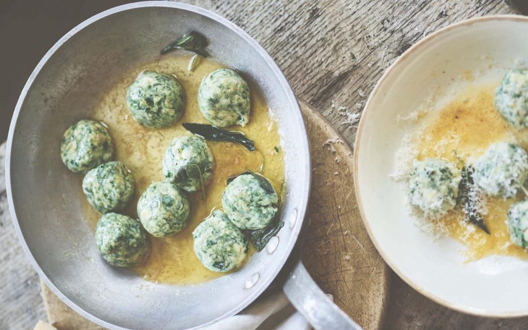 Pasta Grannies: Rosa's gnudi met spinazie en ricotta