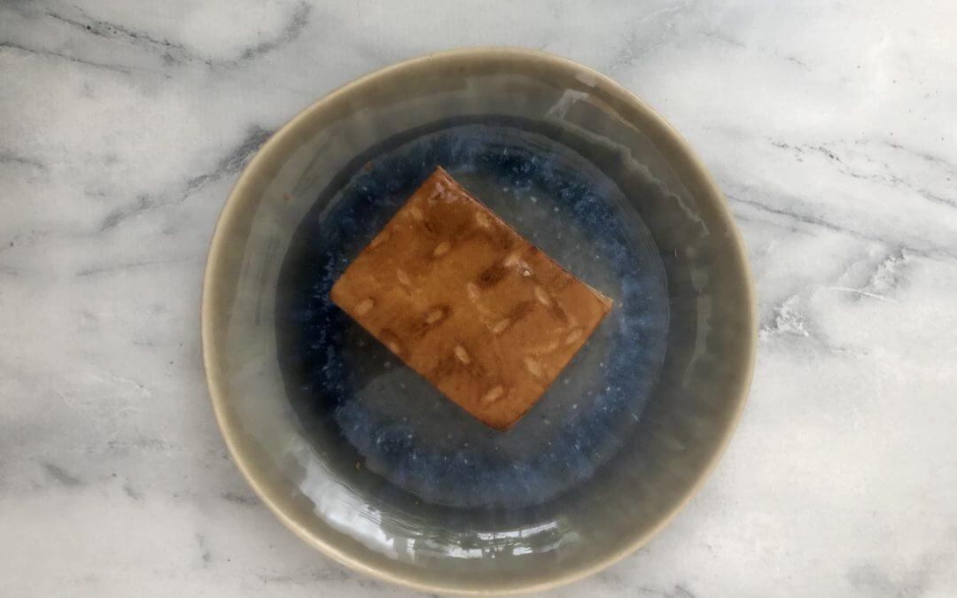 Vleesvervanger getest: Veggie Chef gerookte tofu