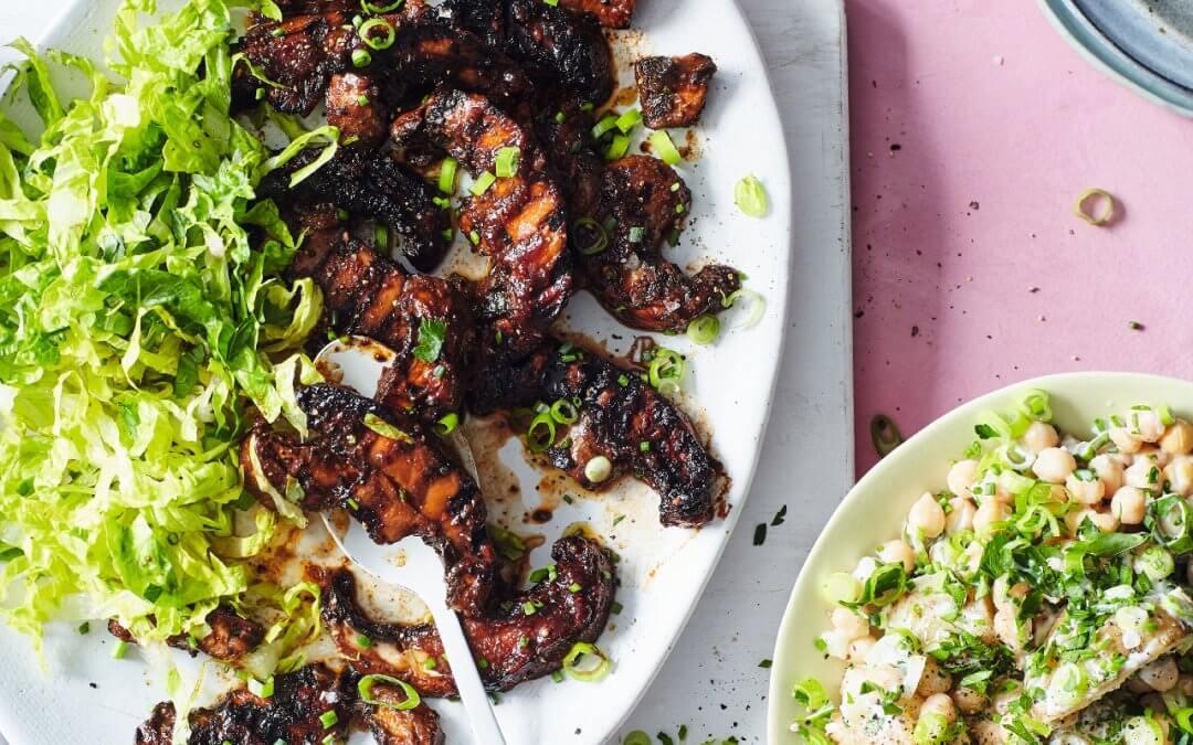 BOSH! Healthy Vegan: BBQ-Portobello met aardappelsalade