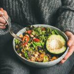 5 redenen om in 2021 minder vlees te eten