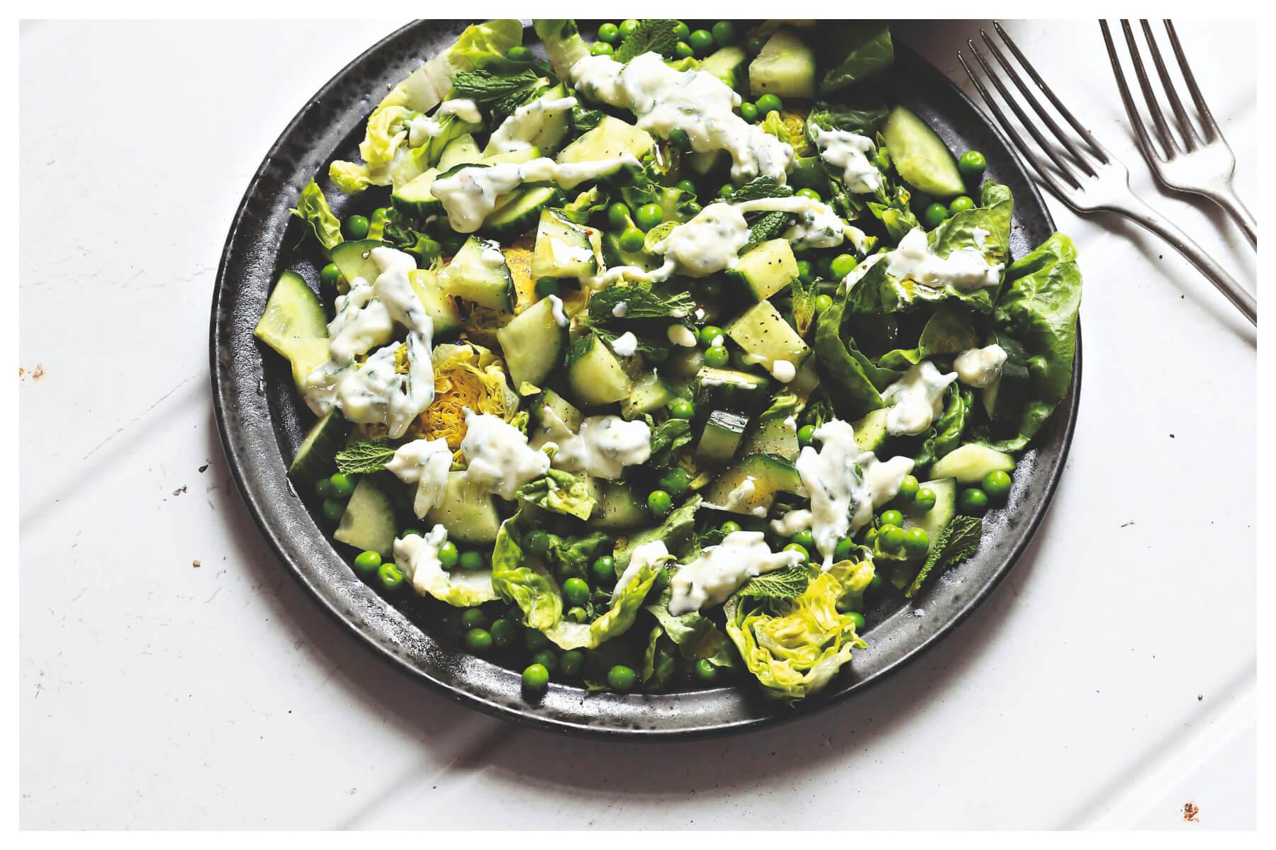 Eten als de beste: Romainesla, komkommer, erwtjes & munt
