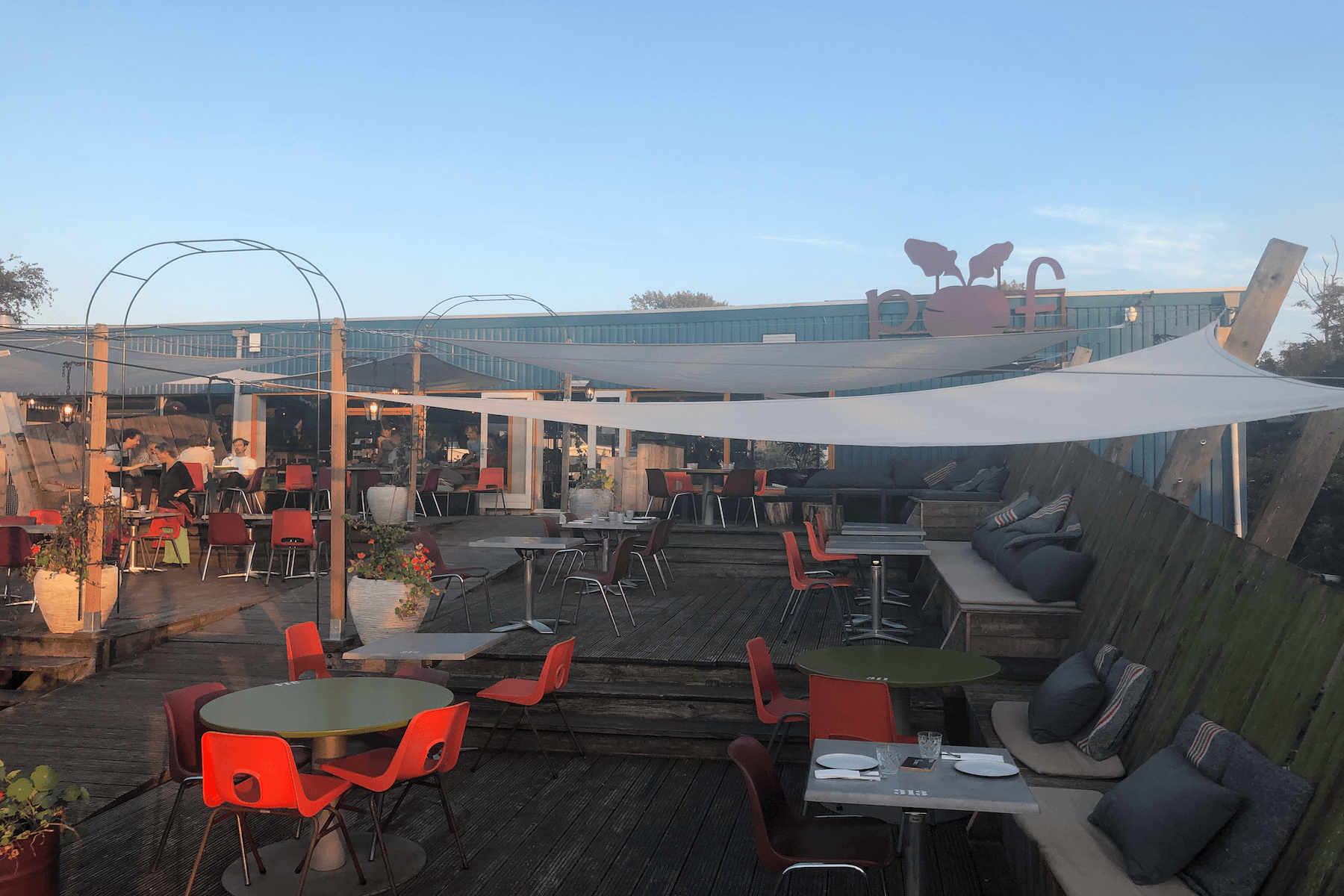 Restaurant Pof: Een pareltje in Amsterdam-Noord | De Hippe Vegetariër